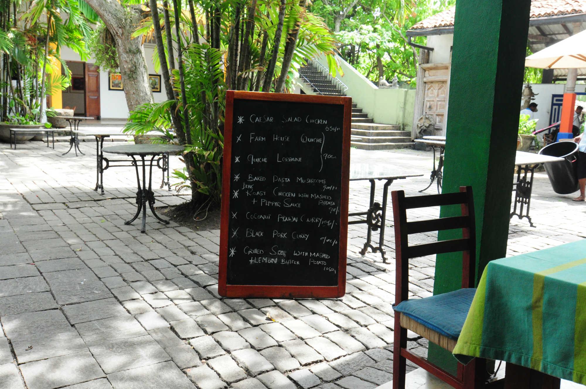 ベアフットガーデンカフェ画像