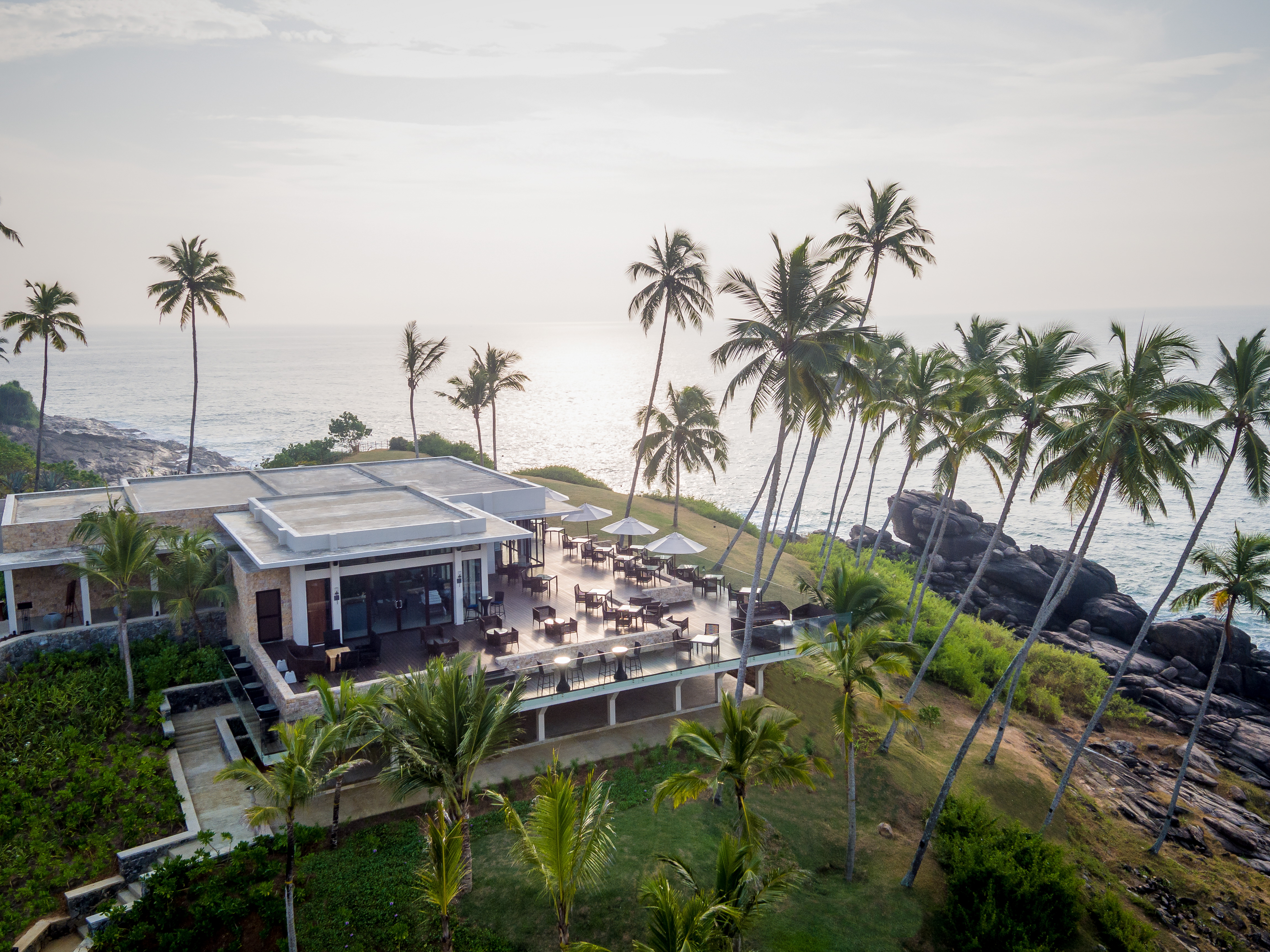 anantara-tangalle-aerial-view-of-il-mare