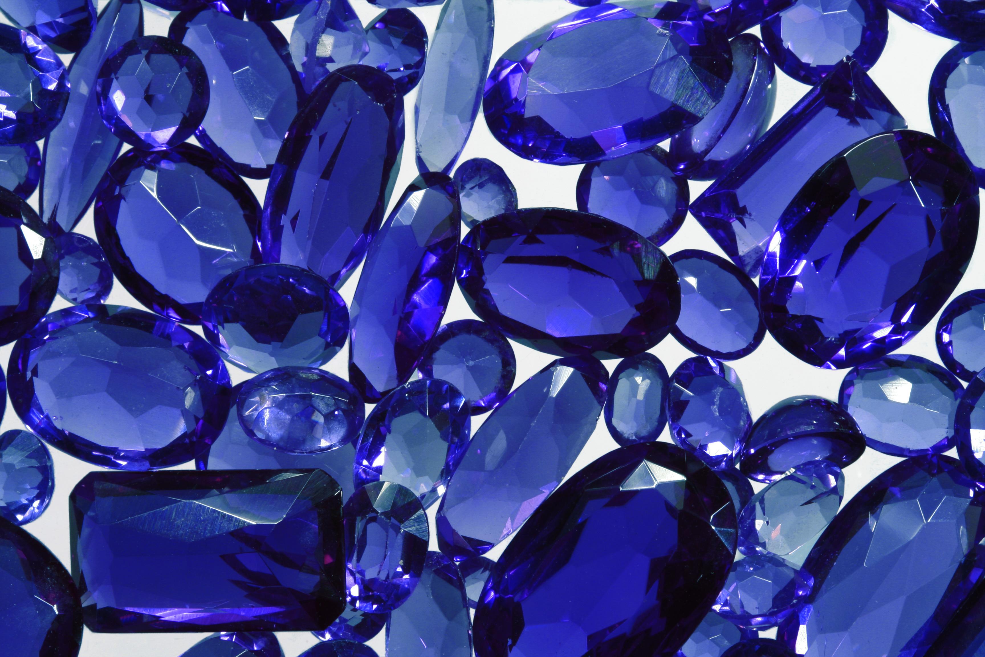 光り輝く宝石の島 第29回FACETS国際宝石宝飾展訪問 採掘現場や工場の見学